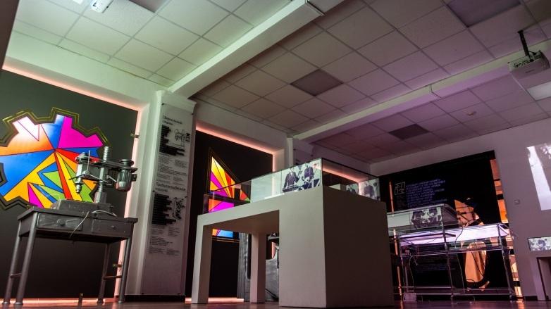 montazh-elektrooborudovaniya-i-elektrosetej-v-muzee-pto
